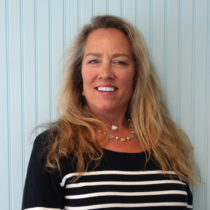 Martha's Vineyard Real Estate Agent Leslie Graham